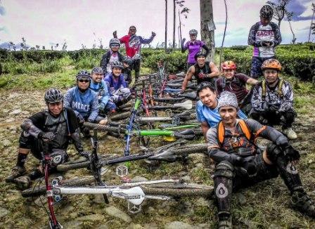 Jejak Langkah Santa Cruz Indonesia (SCI)