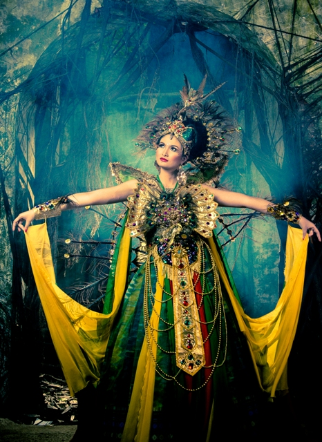 High End Couture Fashion – Belajar Motret di Gedung Akar